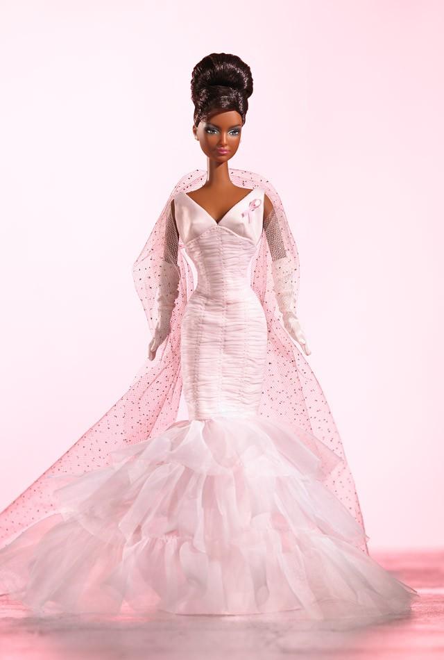 Barbie, como muñeca, contra el Cáncer
