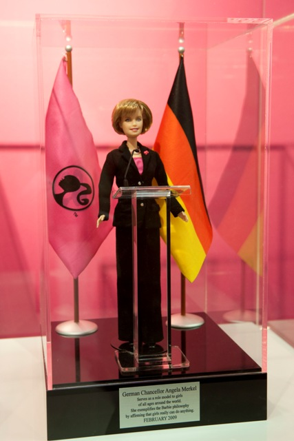Angela_Merkel_Barbie