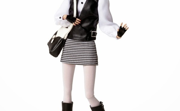 The girl from I.N.T.E.G.R.I.T.Y. Poppy Parker