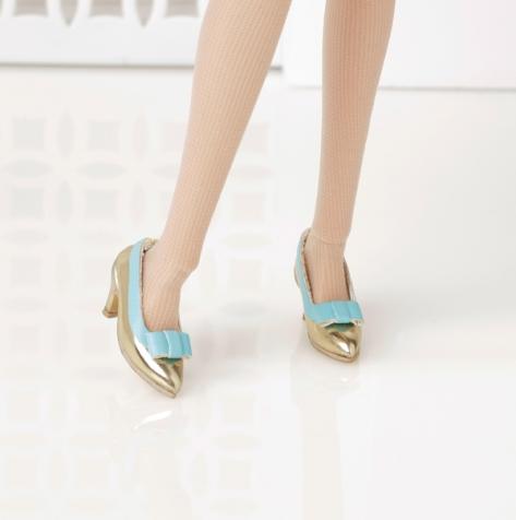 The Girl From I.N.T.E.G.R.I.T.Y  Add-On Shoe Pack