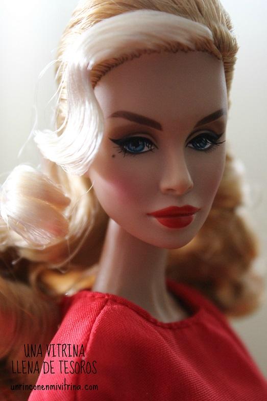 Sebina Havoc Mistress of Disguise Loni Lawrence/Poppy Parker: imágenes reales