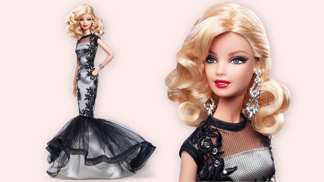 Classic Evening Gown Barbie Doll, lo nuevo de la Black And White Collection