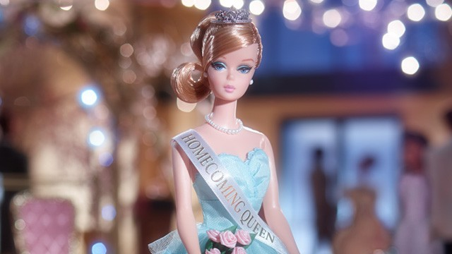 Homecoming Queen Barbie Doll: imágenes promocionales