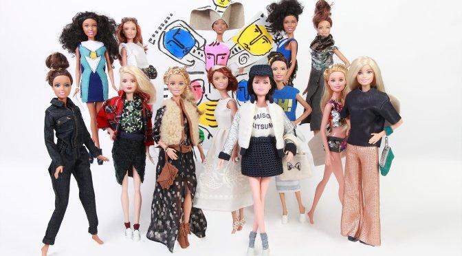 13 diseñadores famosos visten a las Barbie Fashionistas