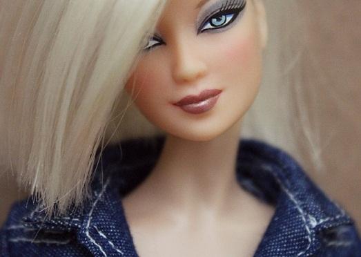 Alexa y otras rapadas anteriores a las nuevas Barbie Fashionistas