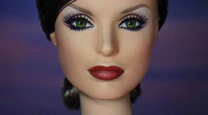 Barbie se transforma en la Reina Letizia