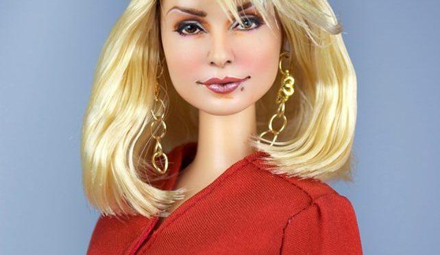 Barbie vuelve a convertirse en Samantha Jones, de Sexo en Nueva York