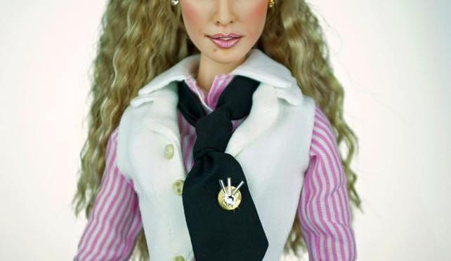 Barbie vuelve a convertirse en Carrie Bradshaw de la mano de Magia 2000