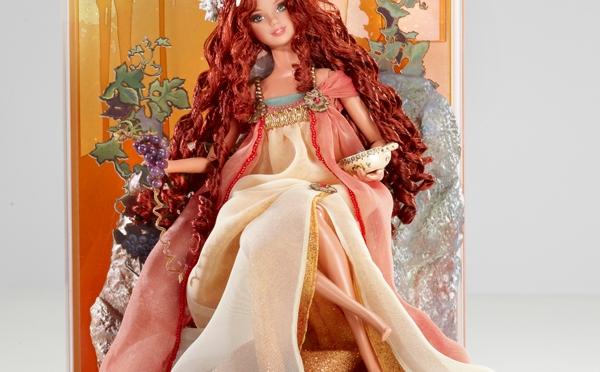 Art Nouveau-esque Barbie Doll, todo un homenaje a Alfons Mucha