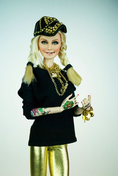 LA PINA Barbie Doll