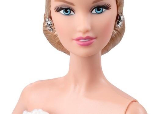 Especial Diseñadores de Barbie: Oscar de la Renta