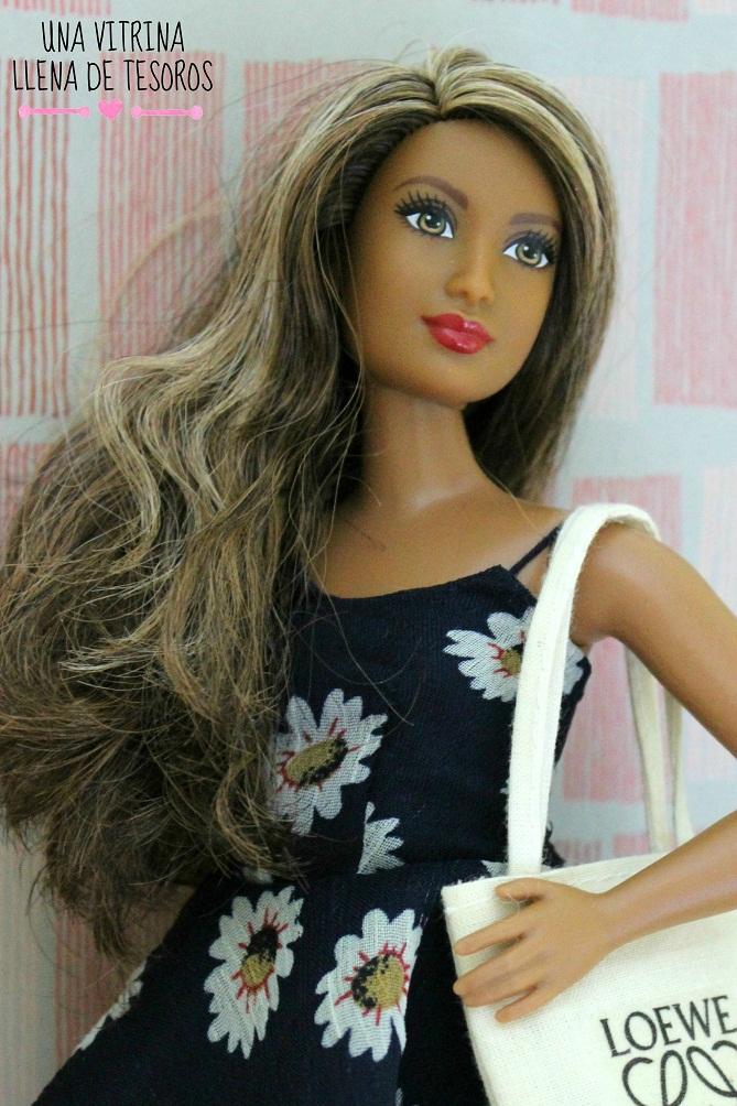 Mi primera Barbie Fashionista Curvy: Rosemary