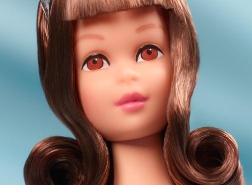 50th Anniversary Francie Doll, la delicadeza hecha muñeca