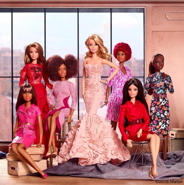 Barbie y su alianza con la moda