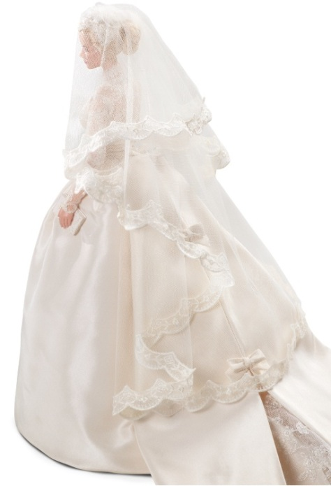 grace-kelly-the-bride-barbie-doll