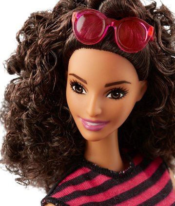 barbie-girls-fashionistas-55-denim-and-dazzle-doll-1