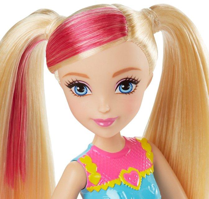 barbie-girls-video-game-hero-doll-2