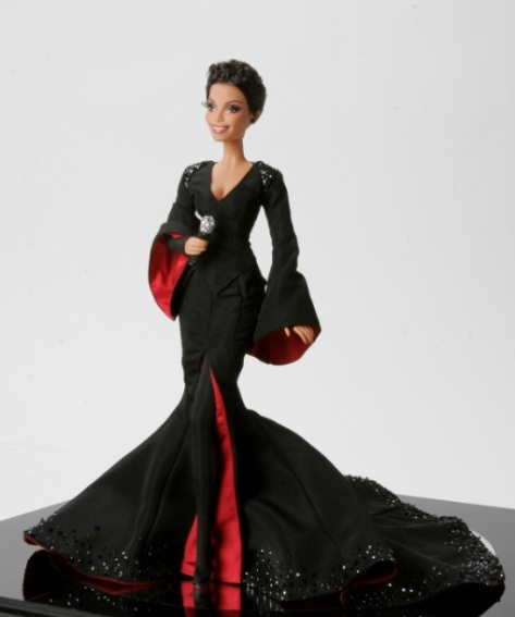 closes-soon-barbie-doll-adores-divinely-janet