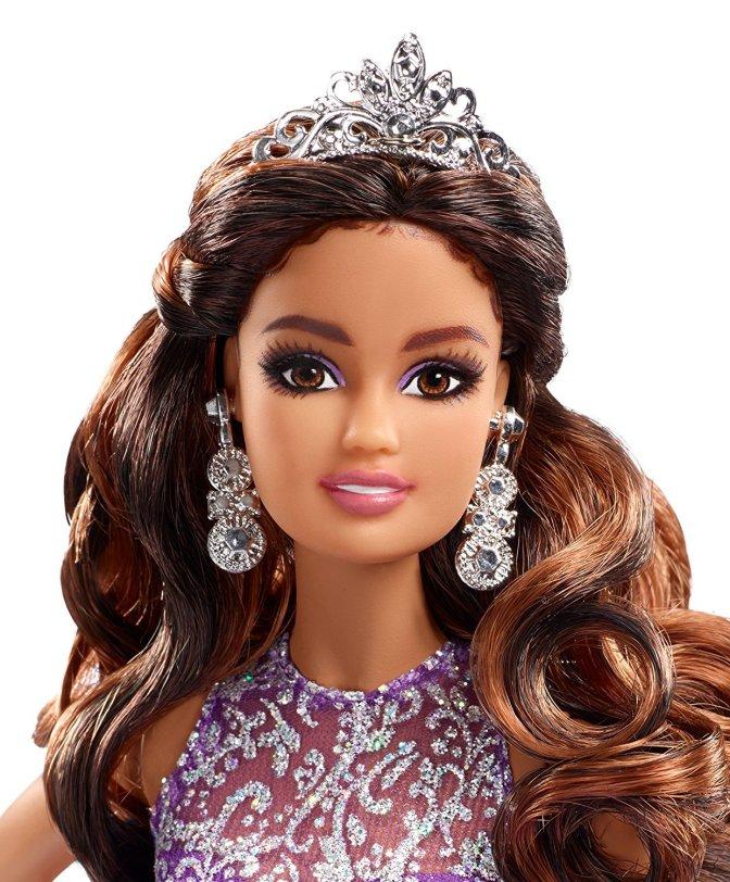 Quinceañera Barbie Doll, lo último de Carlyle Nuera