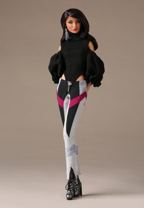 Neo-Romantic Rayna Ahmadi 1