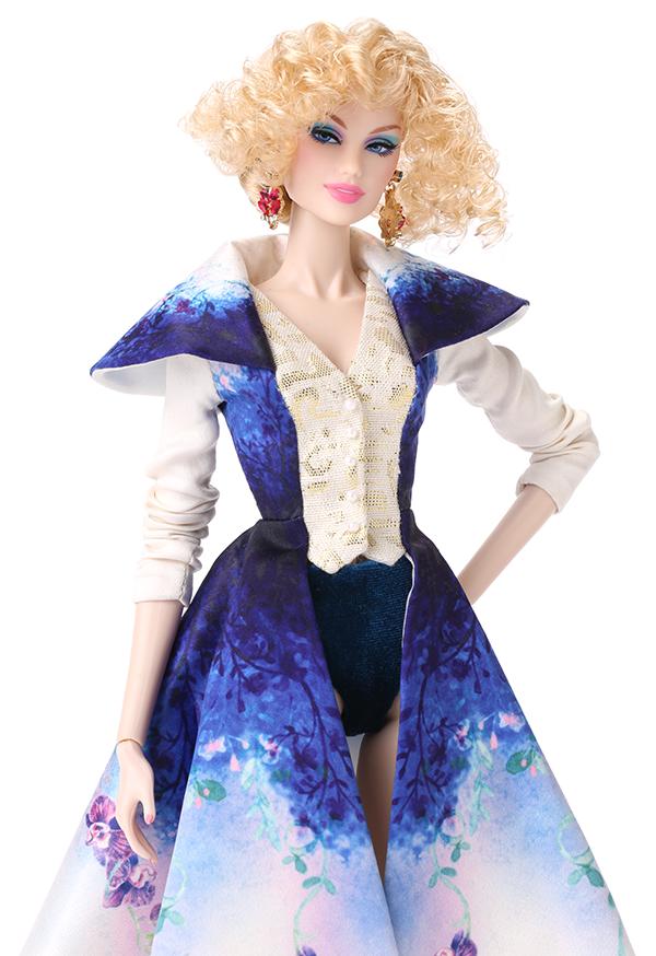 Dollton Abbey: las primeras muñecas de la IFDC