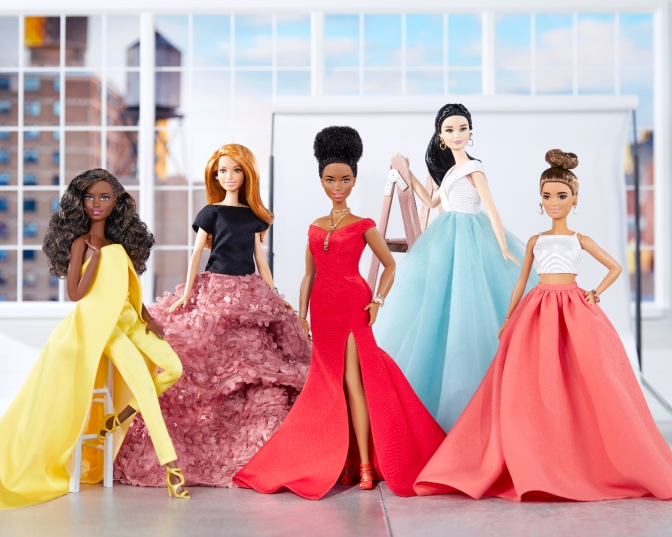 Así viste Christian Siriano a Barbie