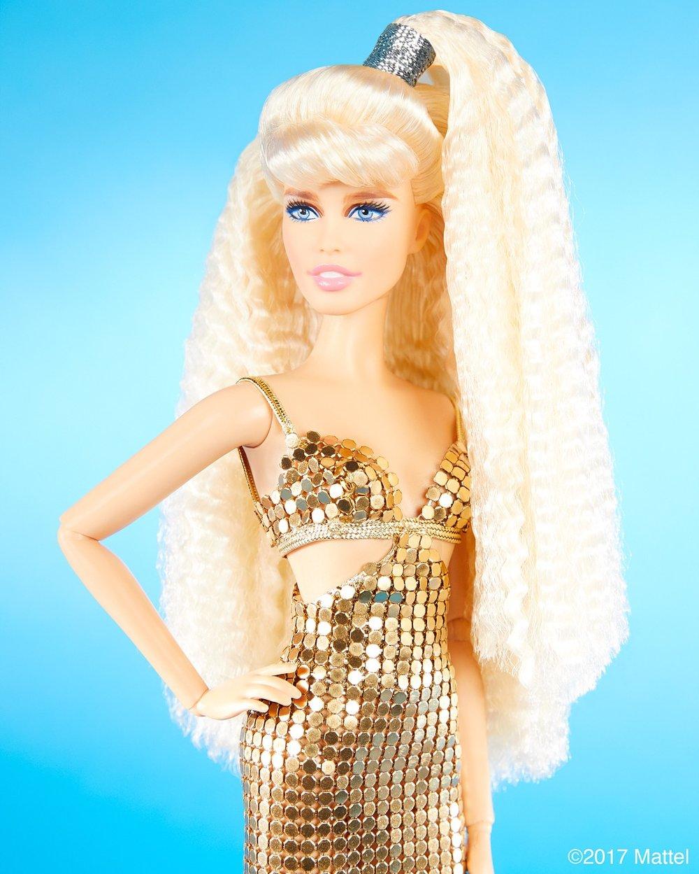 Claudia Schiffer Barbie doll_1