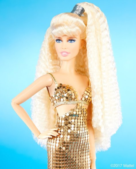 Claudia Schiffer Barbie doll_1