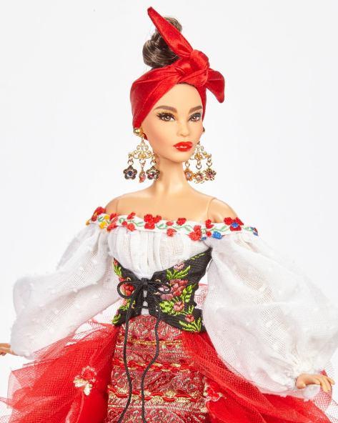 Maria Amalia Barbie OOAK Carlyle Nuera 1