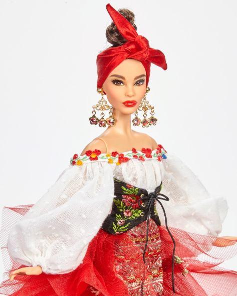 Maria Amalia Barbie OOAK Carlyle Nuera 2