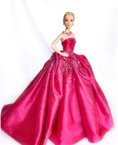Perfectly Pink Linda Kyaw 1