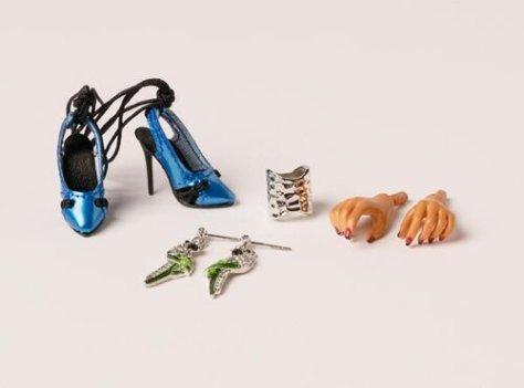Dolls_2019-9-17_0062_Tatyana_Vivid_Paradise_accessories