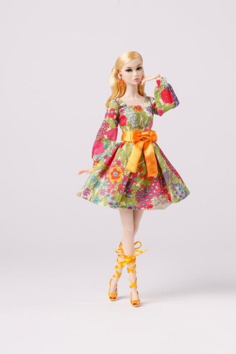 Lowres_PP164_fashion_PP159_doll_full2_Poppy_Parker_Groovy_Beauty_Blossoms