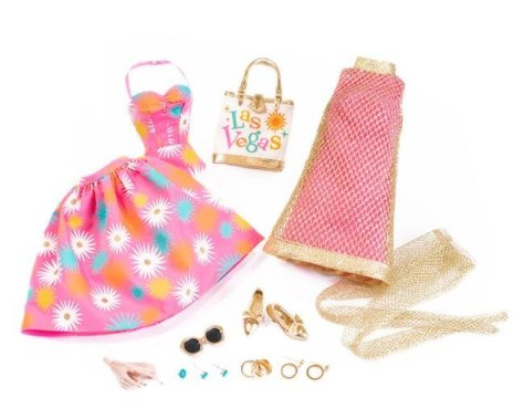 Viva_Poppy_parker_doll_IFDC_2020_lowres_77186_accessories
